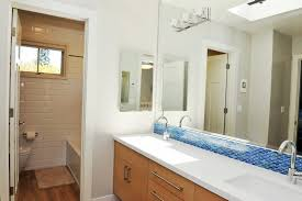 Bathtub Refinishing Training In Canada by Homecrunch
