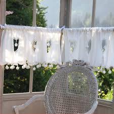 rideau de cuisine brise bise rideau brise bise cœur et pompons ivoire w oknie