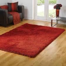 fühlen bunter durch die verwendung roten teppichen für