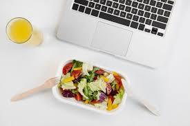 dejeuner bureau pause déjeuner au bureau comment occuper ce moment de détente