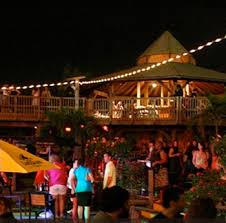 the deck at harbor pointe