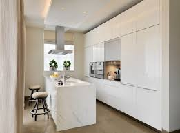 plan de travail cuisine blanc plan de travail pour cuisine blanche en photo