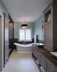 Narrow Bathroom Ideas Pictures by 11 Striking U0026 Innovative Master Bathrooms By Drury Design