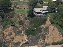 100 Malibu Beach House Sale BradPitt6