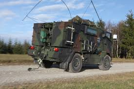 Mungo Light Airborne Armored Vehicle | Vehicle | Pinterest | Vehicle Dunbar Armored Truck In Nashville Tennessee Stock Photo More Youtube Armoured Security Armored Cars Uae For Sale Fbi In Hunt Robbers Turned Killers Fox News David Khazanski On Twitter Cit Truck A Way To Calgary Inside Story Cars Secret Life Of Money Cashintransit Wikipedia Armoured Transport Service Access Trust Services Nl Bank Photos Images Loomis Macon Georgia Loomis Car Intertional 1900 Suspect Police Custody After Pursuit Stolen Vehicle