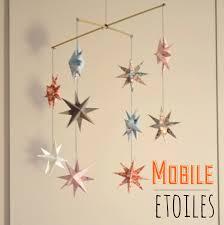 origami chambre bébé mobile d étoiles en origami chambre d enfant de bébé par l