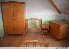 chambre enfant pin chambre enfant sauthon en pin et sapin massif couleur miel a