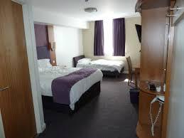 chambre familiale londres chambre familiale photo de premier inn hanger hotel