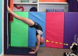 Traveling Handstands October 2014 by Why Can U0027t Susie Control Her Handstand Tumbl Talk