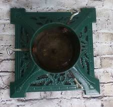 Vintage Cast Iron Green Live Christmas Tree Stand Base Holly Leaves 14x14 Heavy