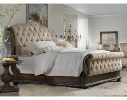King Tufted 3 PC Bedroom Set Hooker Furniture