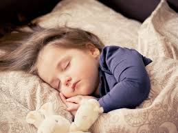 so kann dein baby auch bei hitze gut schlafen welovefamily at