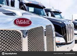 100 International Trucks Indianapolis Circa June 2018 Peterbuilt Semi Tractor Trailer