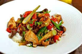 la cuisine thaïlandaise recettes de cuisine thaïe traditionnelles