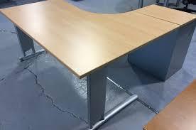 bureau d occasion isocèle mobilier de bureau charenteisocèle aménagement en