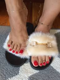 100 Foot Cozy Red Toenails And Cozy Sandals Miss Lau Feet In 2019 Feet Nails