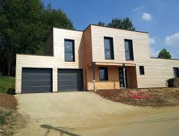 maison en cube moderne maison bois cubique à toit plat nos maisons ossatures bois maison