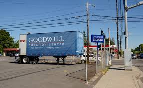File:Goodwill Donation Truck 102nd & Glisan Portland Oregon (2016 ... Towing Company In Banks Or Has Used Cartruck Lesauctions And Daimler Fights Tesla Vw With New Electric Big Rig Truck Reuters 2006 Ford F550 Ford Bucket Truck W Terex Hiranger 2003 Mack Rd688 Buick Gmc Dealer Near West Linn Oregon City 68 Lance Truck Campers For Sale Rv Trader Sales Burr Dump Trucks N Trailer Magazine Hours Sutter Western Center Tow Custom Build Woodburn Fetsalwest