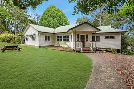 100 Maleny House 2 Bean Street And Hinterland Real Estate