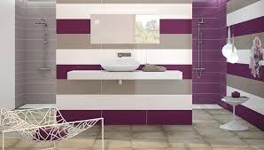 salle de bain mauve mauve et gris pour la salle de bain décorer avec des carreaux et