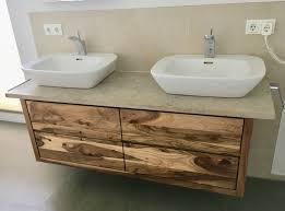waschtisch unterschrank nussbaum ohne waschbecken findling granit