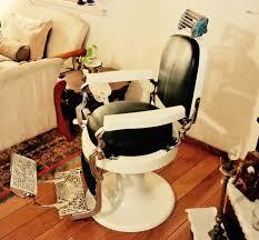 Emil J Paidar Barber Chair Headrest by Similar Peluquero Koken De 1920 Totalmente Restaurado Por Punto