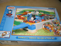 Thomas Tidmouth Sheds Deluxe Set by Image Motorroadandrailthomasandterencedeluxeactionsetbox Jpg