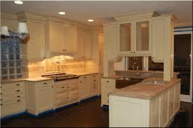 Kitchen Backsplash Ideas With Dark Wood Cabinets by Kitchen Backsplash Ideas With Light Cabinets Black Quartz