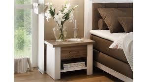 nachtkommode schlafzimmer luca pinie weiß und trüffel