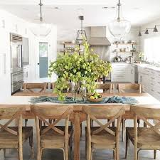 Casual Kitchen Table Centerpiece Ideas by Best 25 Casual Dining Rooms Ideas On Pinterest Buffet Table