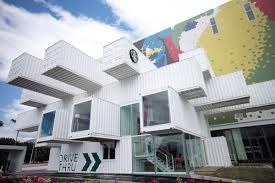 100 Shipping Containers San Francisco Kengo Kumadesigned Starbucks Built From 29 Shipping