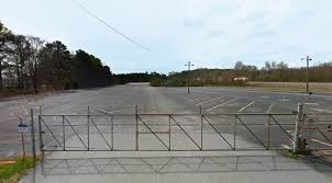 McDonough GA Semi Truck Parking Space For Rent (Atlanta) | CS Fleet Chicago Illinois Aug 25 2016 Semi Trucks Stock Photo Edit Now Is It Better To Back In A Parking Space Howstuffworks Motel 6 West Villa Park Hotel In Il 53 No Injuries Hammond Brinks Truck Robbery Cbs Florida Man Spends 200k For Right His Own Driveway Fox Storage Mcdonough Ga For Rent Atlanta Cs Fleet Apas Secured Rates Permits Vehicle Stickers Ward 49 Why Send A Firetruck To Do An Ambulances Job Ncpr News