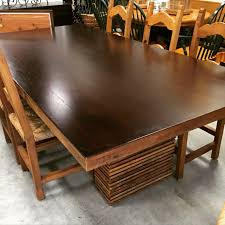 Crate & Barrel Paloma Dining Table. LIKE NEW.... 92-1/4