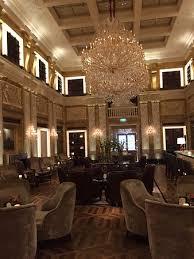 das exklusive wohnzimmer mit bar picture of hotel