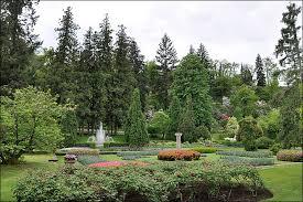 fleur et plante du lac les jardins de la villa taranto