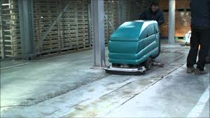 Tennant Floor Scrubbers 5680 by Tennant 5700 Concrete Polishing Youtube