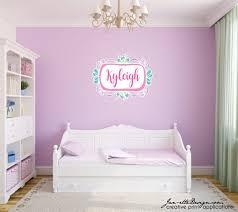 mädchen namen wandtattoo personalisierte namen wandtattoo für mädchen schlafzimmer