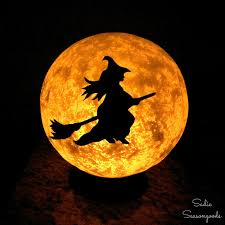 Diy Halloween Pathway Lights by Diy Halloween Moon Light With Flying Witch