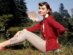 50s Vintage Style A Hepburn The Beauty Of Woman Is Not In Facial Mode But True Reflected Her Soul