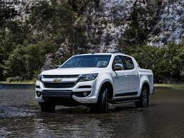 Compare The Chevrolet Colorado To The Toyota Tacoma | Which Is ...