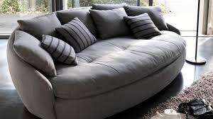 5 canapés pour un salon très confortable canapé rond la redoute
