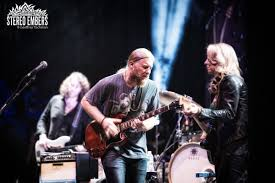 Tedeschi Trucks Band Live At The Beacon Theatre, New York City ...