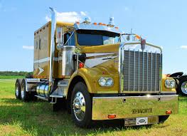 Another Beauty I Came Across At The Southern Classic Truck Show ... Big Iron Classic Truck Show 2006 Kasson Mn By Truckinboy Semi Brisbane 2009 Information And News For Australian Truckies Cc Global 2017 Wsi Xxl Part Two Rigs Trucks Newest 2012 Wildwood Fl S Las Vegas Truck Show Google Search Bears Perfect Petes Arizona Lowrider Super Rig Gulf Coast 2018 Best On The Gulf 2014 Custom Big Rigs Videos 75 Chrome Shop Li 2015 Shell Rotella Superrigs Road Kings