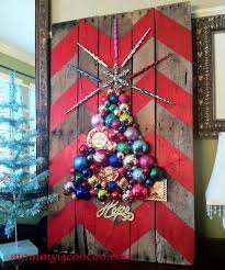How To Make A Chevron Pallet Ornament Christmas Treetrace Design Paint Place Top Star Glue Trace Out Tree Outline Hot Ornaments