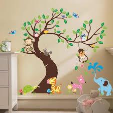 stikers chambre bebe stickers chambre bébé comment habiller les murs