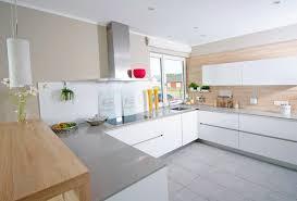 eckschränke küche mit praktischen schränken die ecken