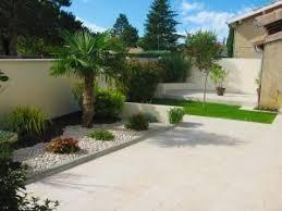 petit jardin devant maison aménager parterre devant maison par dju