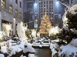 Rockefeller Center Christmas Tree Fun Facts by 5 Magical Must See Spots During Christmas In New York City Horse