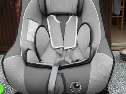 siege auto naissance pivotant siège auto pivotant trottine par clochette petidom