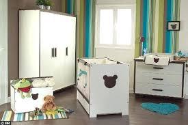 chambre bébé disney chambre bebe disney chambre bebe princesse disney annsinn info